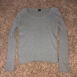 Long sleeve gray sweater